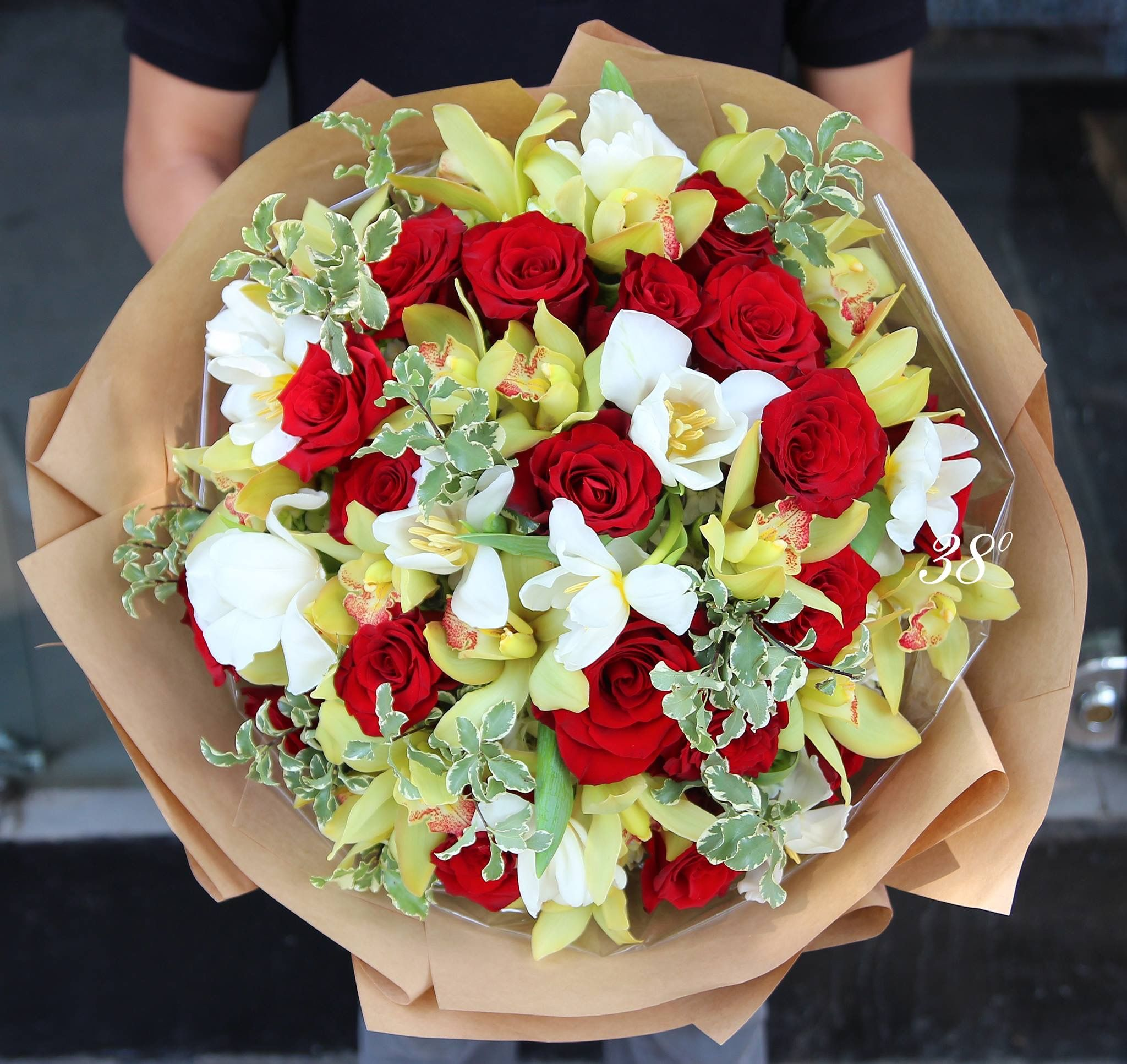 Pin by Trần Nguyễn Ngọc My on 38 Degree Flowers Bouquet
