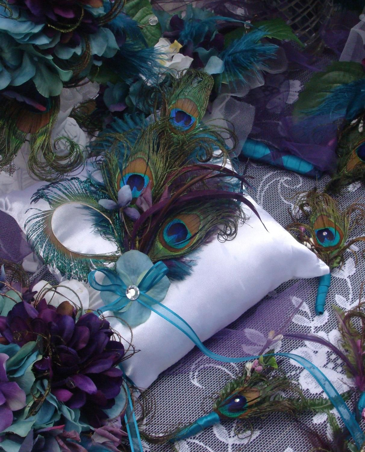 Peacock Wedding Centerpieces Ideas: Peacock Wedding Centerpieces