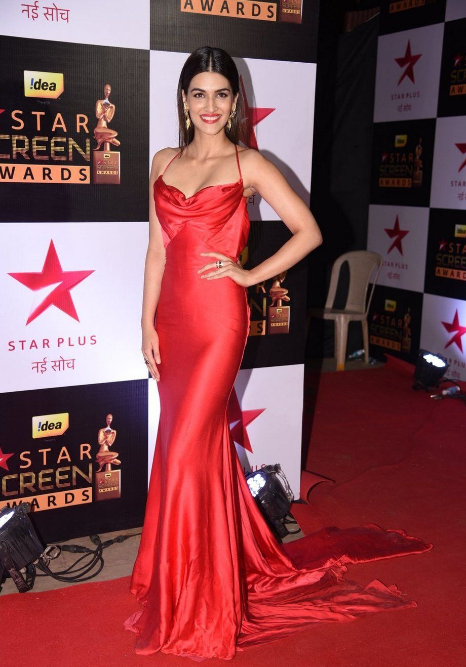 Bollywood Actresses Who Is The Tallest Of Them All N4m Survey Red Dress Dresses Celebrity Dresses