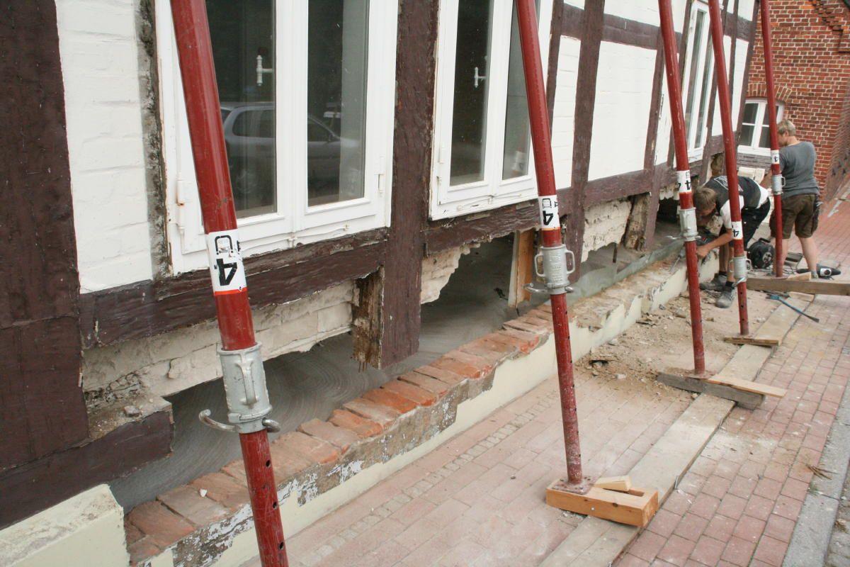 Die Schwelle An Der Straßenseite Wird Erneuert | Sanierung | Pinterest