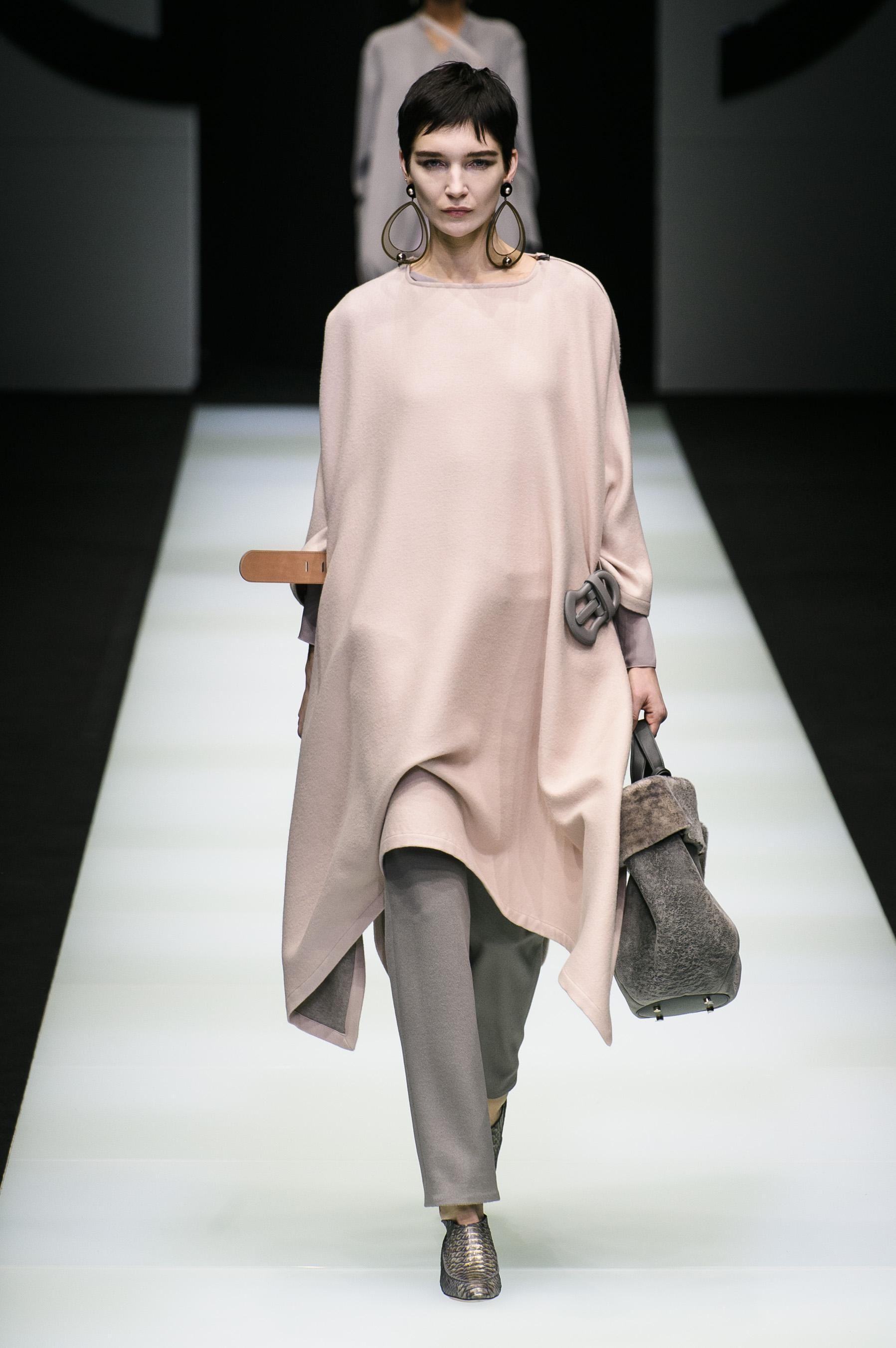 d01409165469f Défilé Giorgio Armani automne-hiver 2018-2019 Prêt-à-porter - Madame Figaro