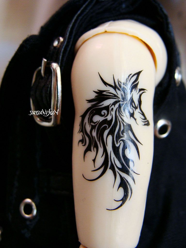 50 meaningful tattoo ideas art and design - Tribal Tattoos Men Upper Arm