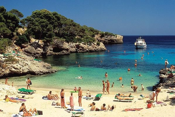Cala Esmeralda, Majorca - only 2 hours flight from the UK to that lovely sunshine