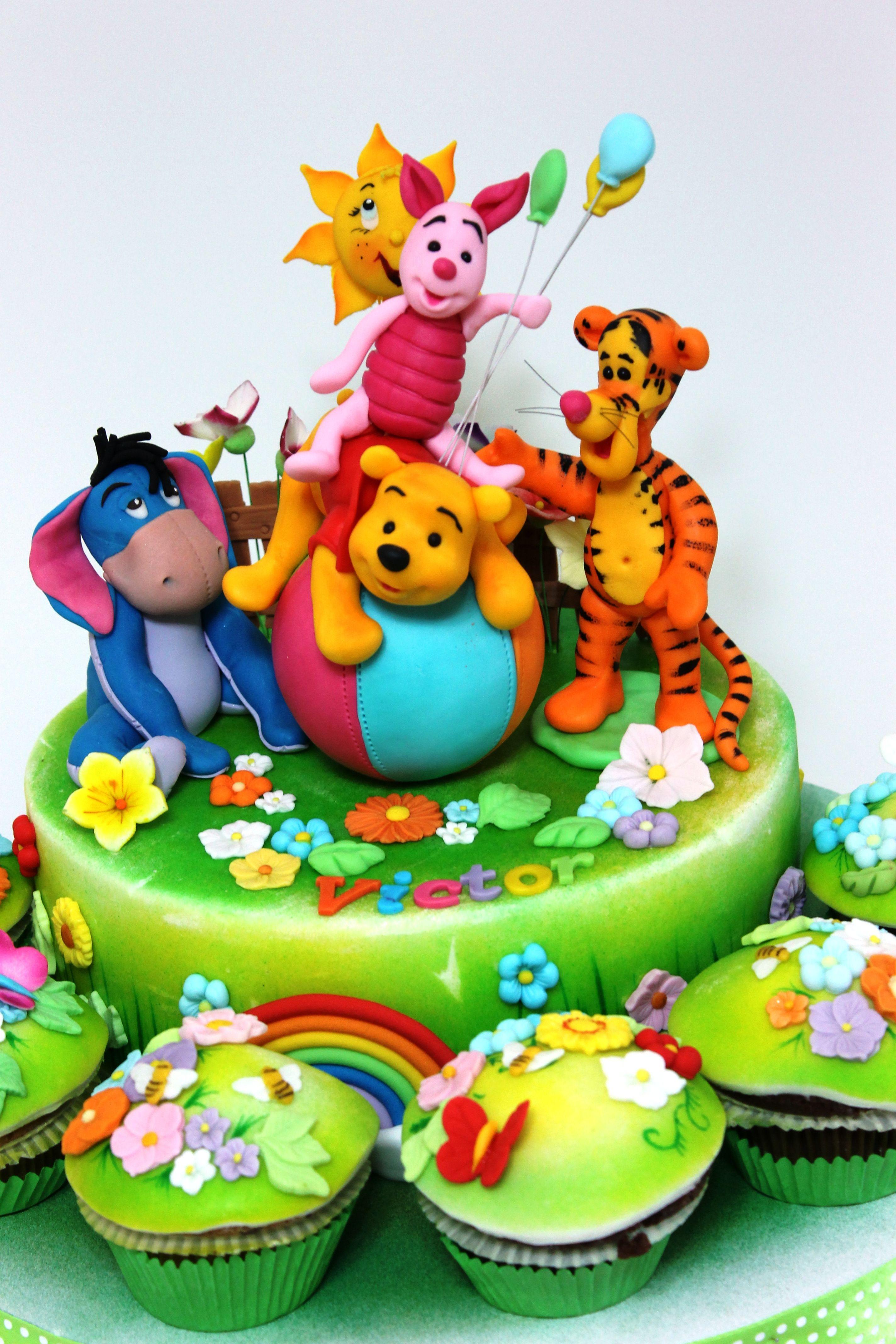 Most wonderful winnie the pooh friends cake cupcakes