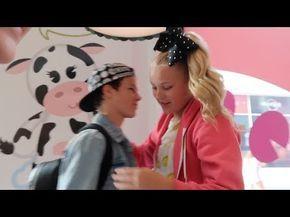1ac38e9cc JoJo Siwa EXPOSES Mackenzie s Boyfriend For CHEATING With Annie LeBlanc -  YouTube