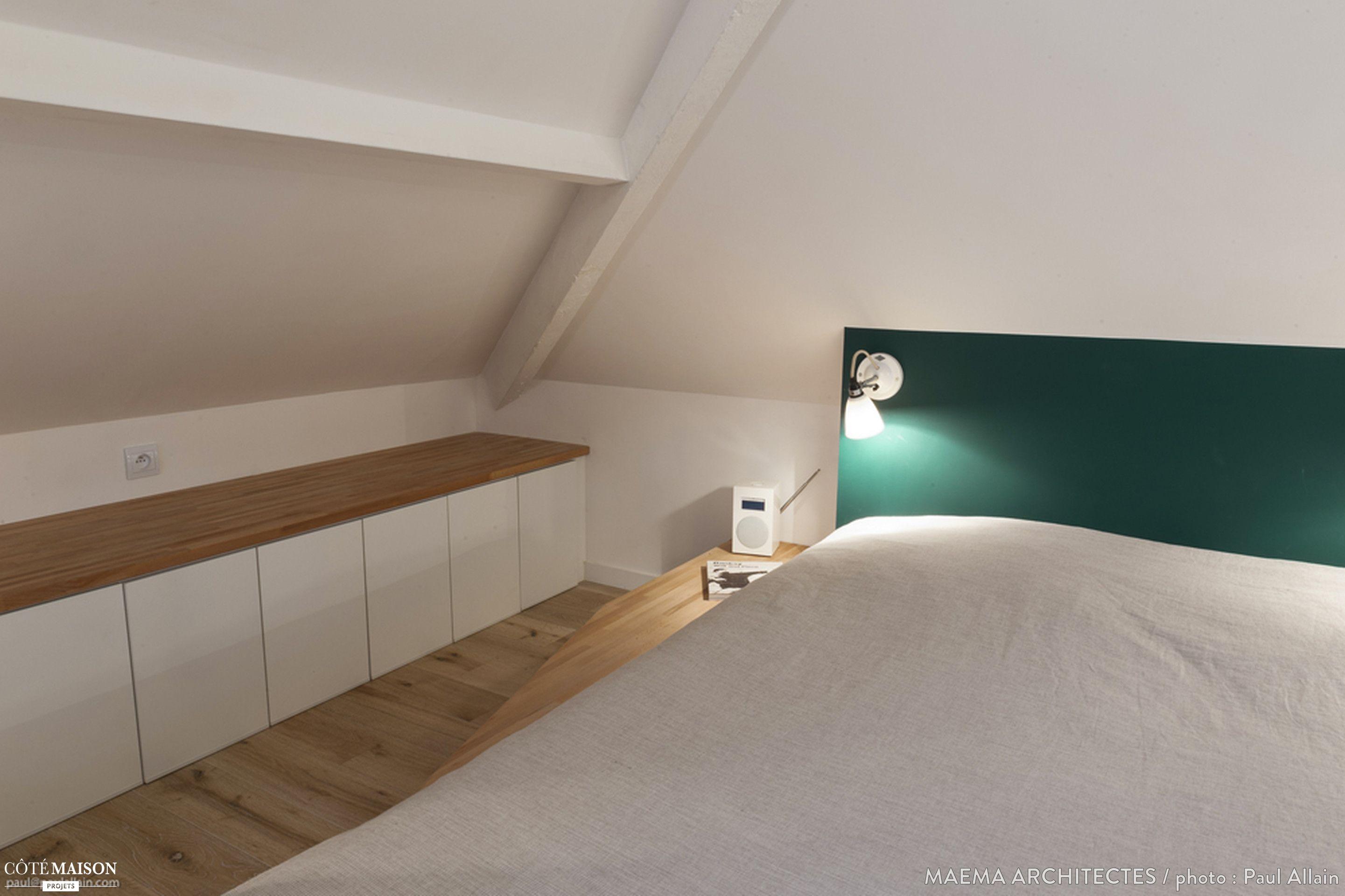 Armoire Pour Chambre Mansardée se rapportant à dans les combles de cette petite maison à ivry-sur-seine, les
