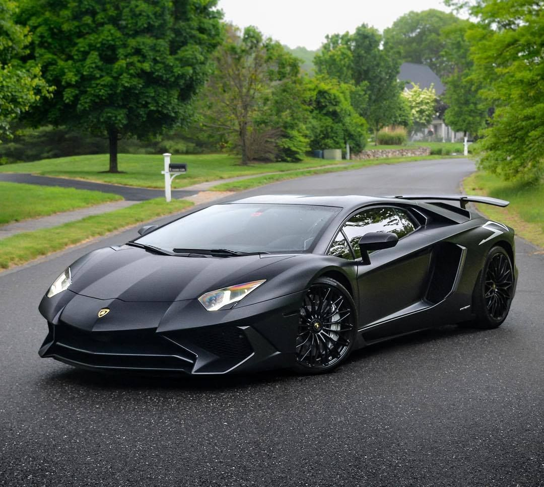 Cars Lamborghini: Lamborghini Aventador Superveloce Coupe 2016