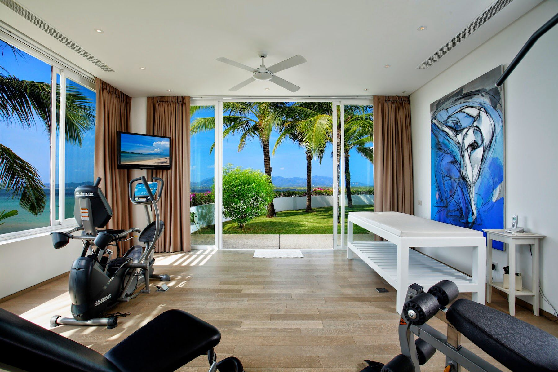 Staying fit while on holiday at Villa Kalipay is never an issue. Work out at the gym while enjoying a stunning view of the Phuket Bay. http://bit.ly/Phuket-Luxury-Villas #villakalipay #phuket #capeyamu #fitness #gym #villa #private #phuketvilla #villaphuket #retreat #seaview