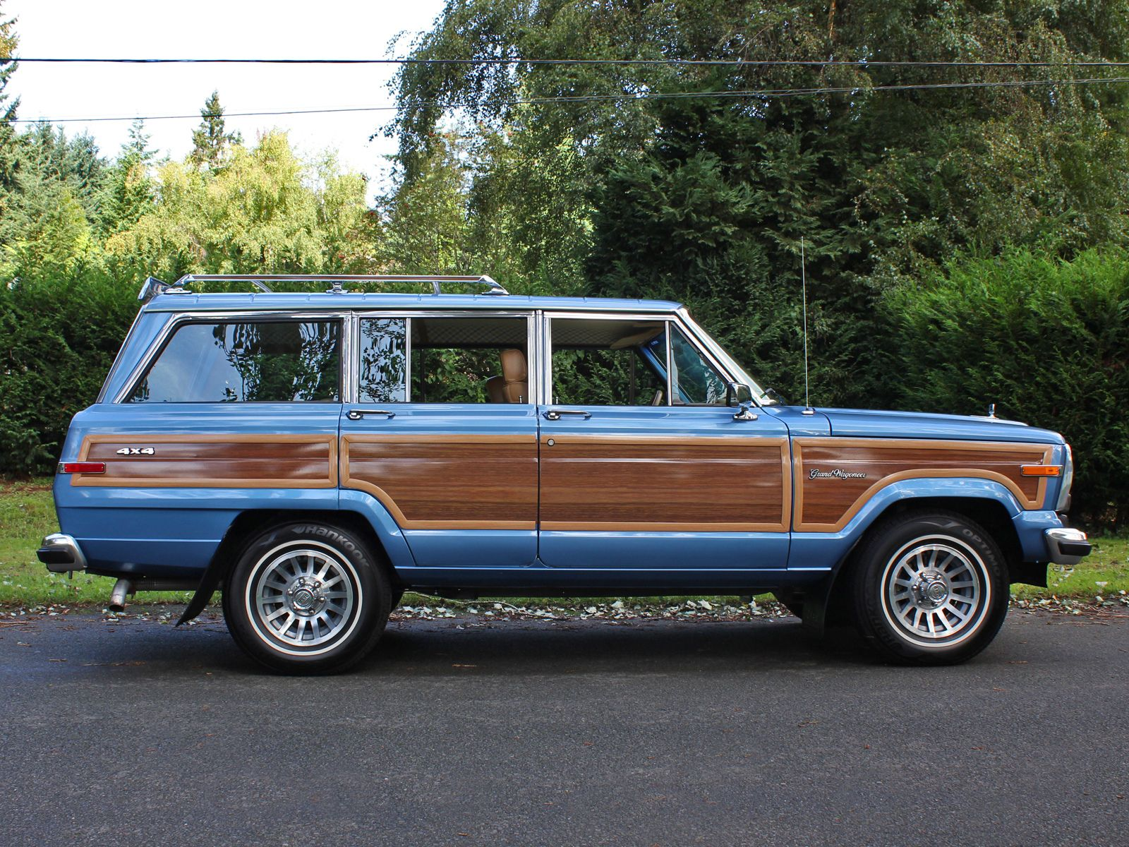 1988 jeep grand wagoneer spinnaker blue jeeps jeep wagoneer and jeep grand cherokee. Black Bedroom Furniture Sets. Home Design Ideas