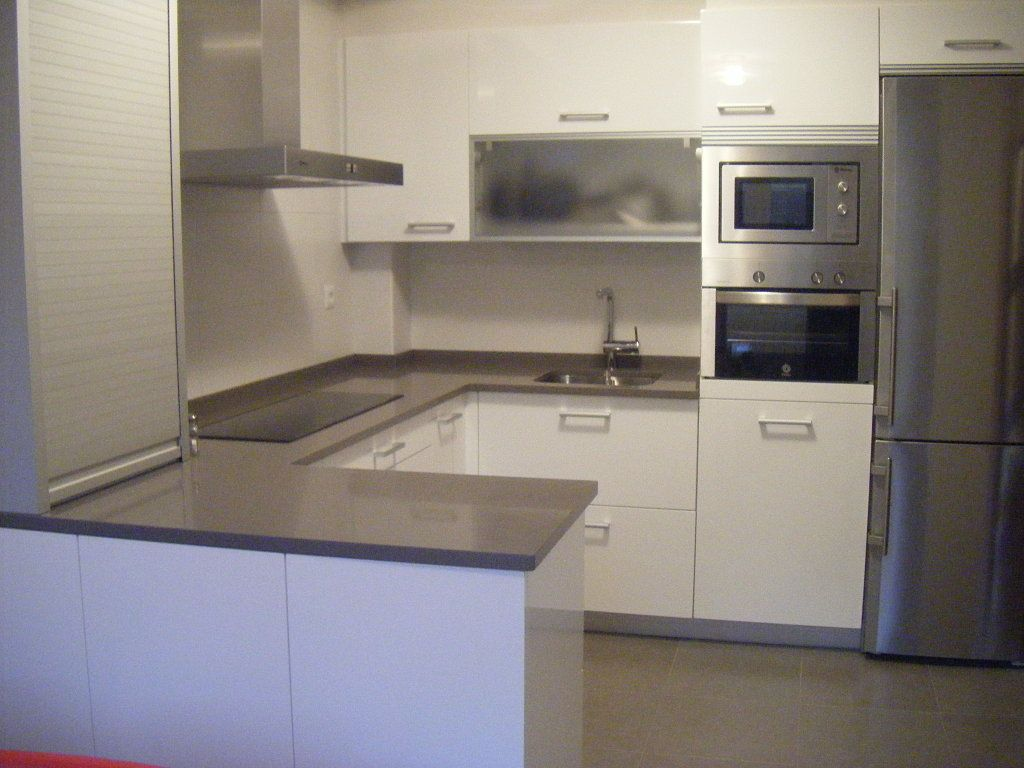 Gris Expo Silestone Small Kitchen Remodel Pinterest Countertops Countertop And Kitchens