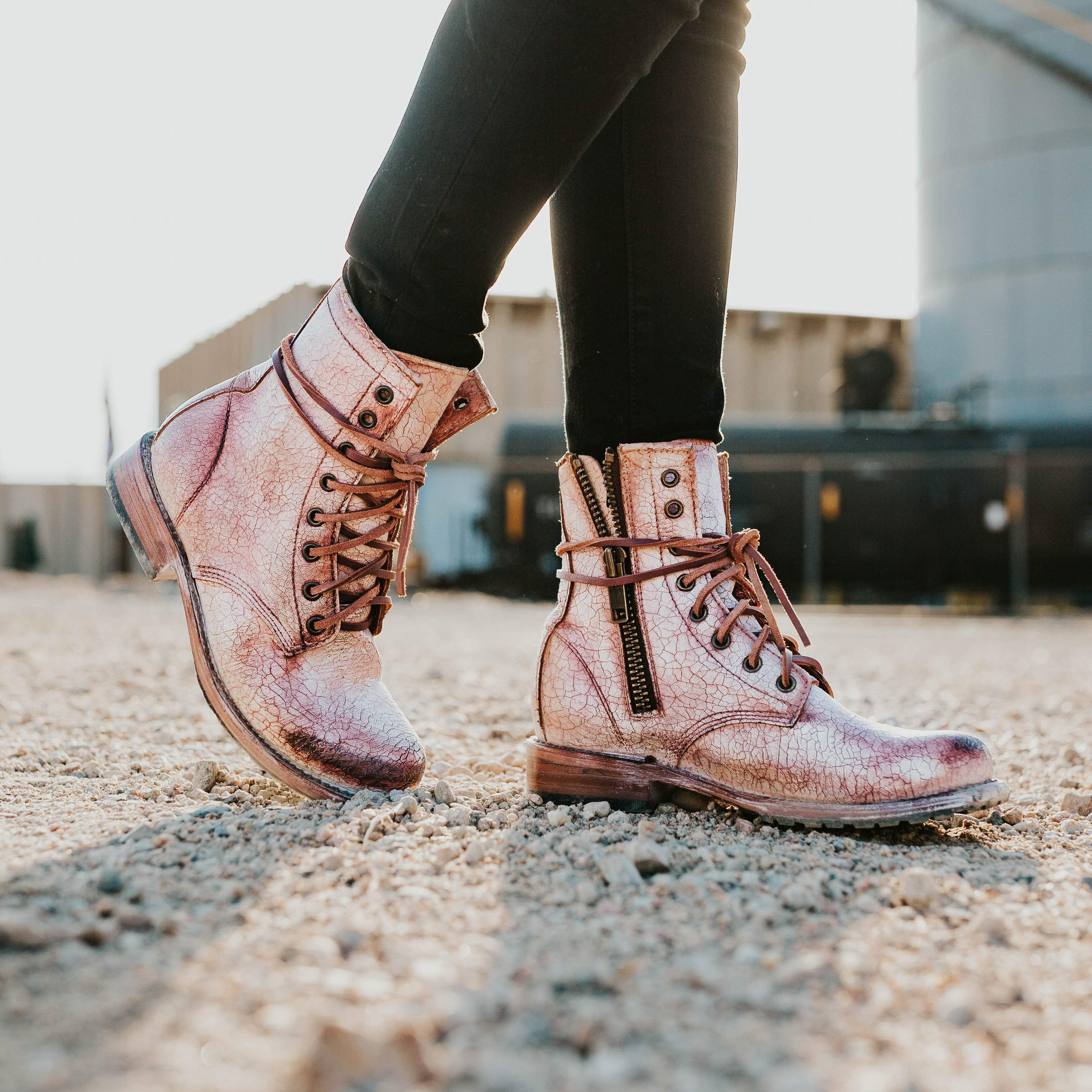 135f3cb37d8 Manchester in 2019 | My Style | Boots, Cute combat boots, Lace up ...