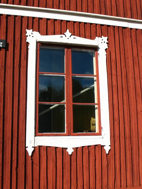 Window Dressing Ideas For The Guest Bunkhouse