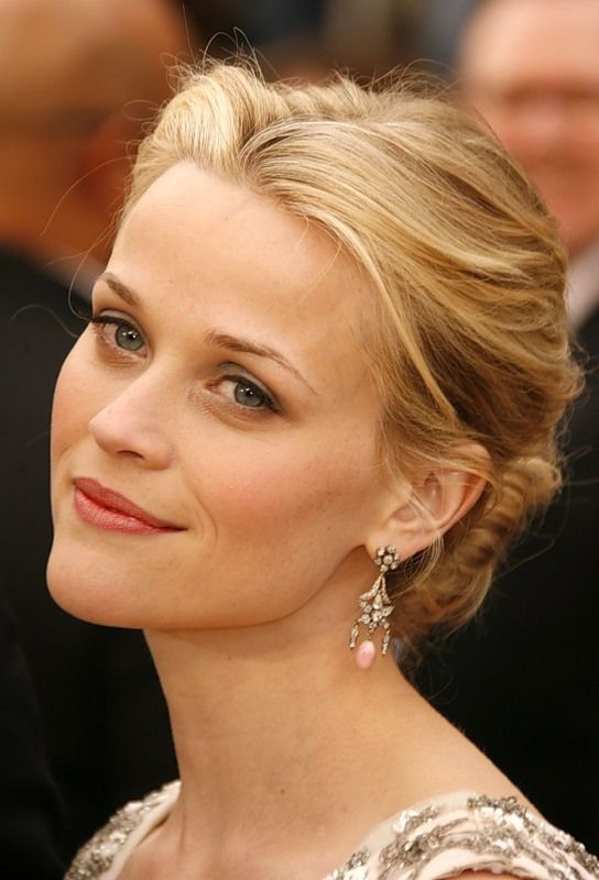 Reese Witherspoon Hair Bun Hair Pinterest Reese Witherspoon