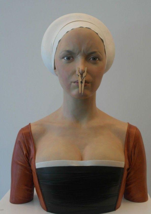 """"""" Dama de la Pinza"""" resin sculpture by Gerard MAS www.absoluteartgallery.com"""