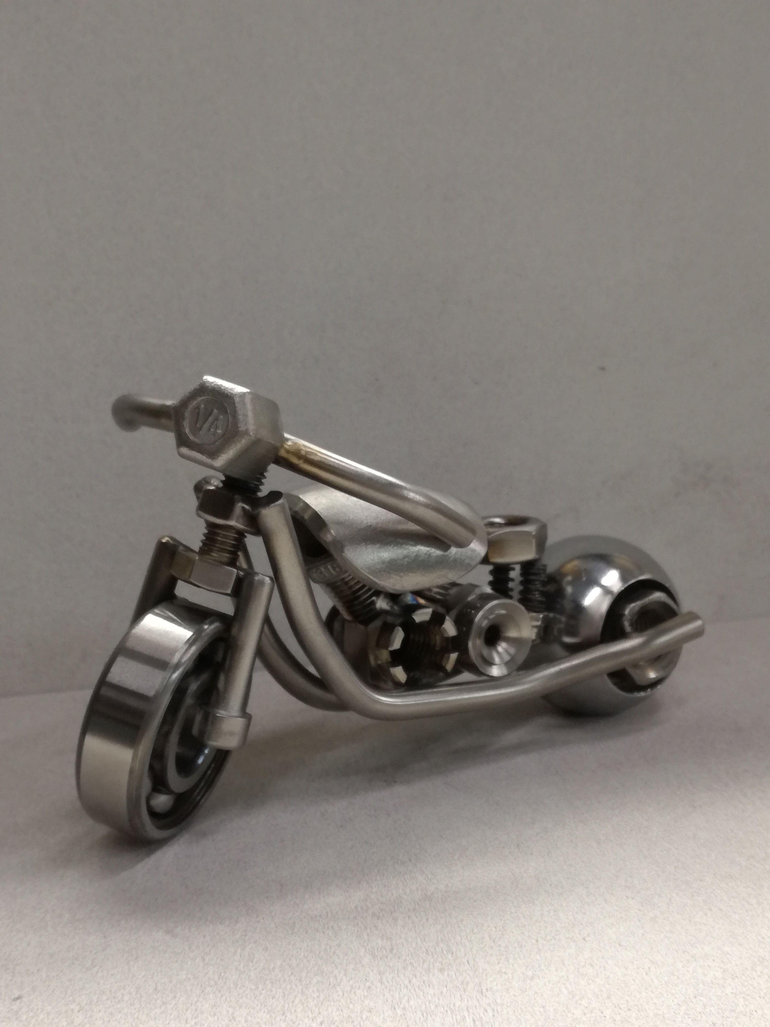 Harley del motor modelo decoración de estaño altura 9cm