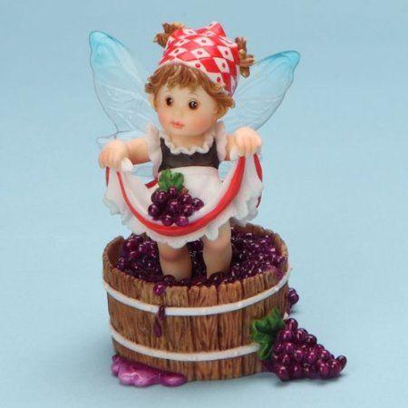 Amazon Com My Little Kitchen Fairies From Enesco Girl Stomping