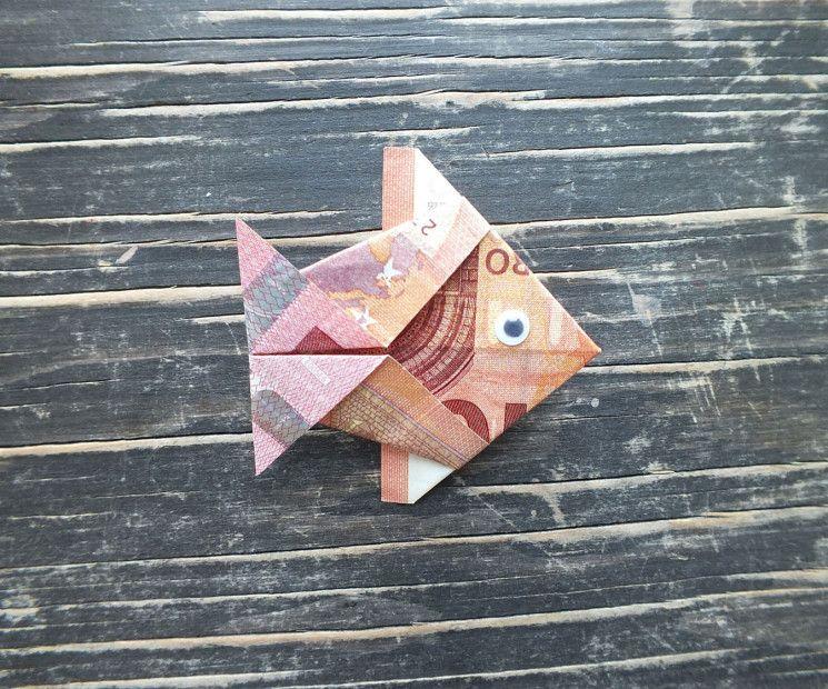 Fisch falten aus Geldschein einfache Anleitung Geschenke Geld falten geburtstag, Geld  ~ 01192651_Liegestuhl Aus Geldscheine Falten