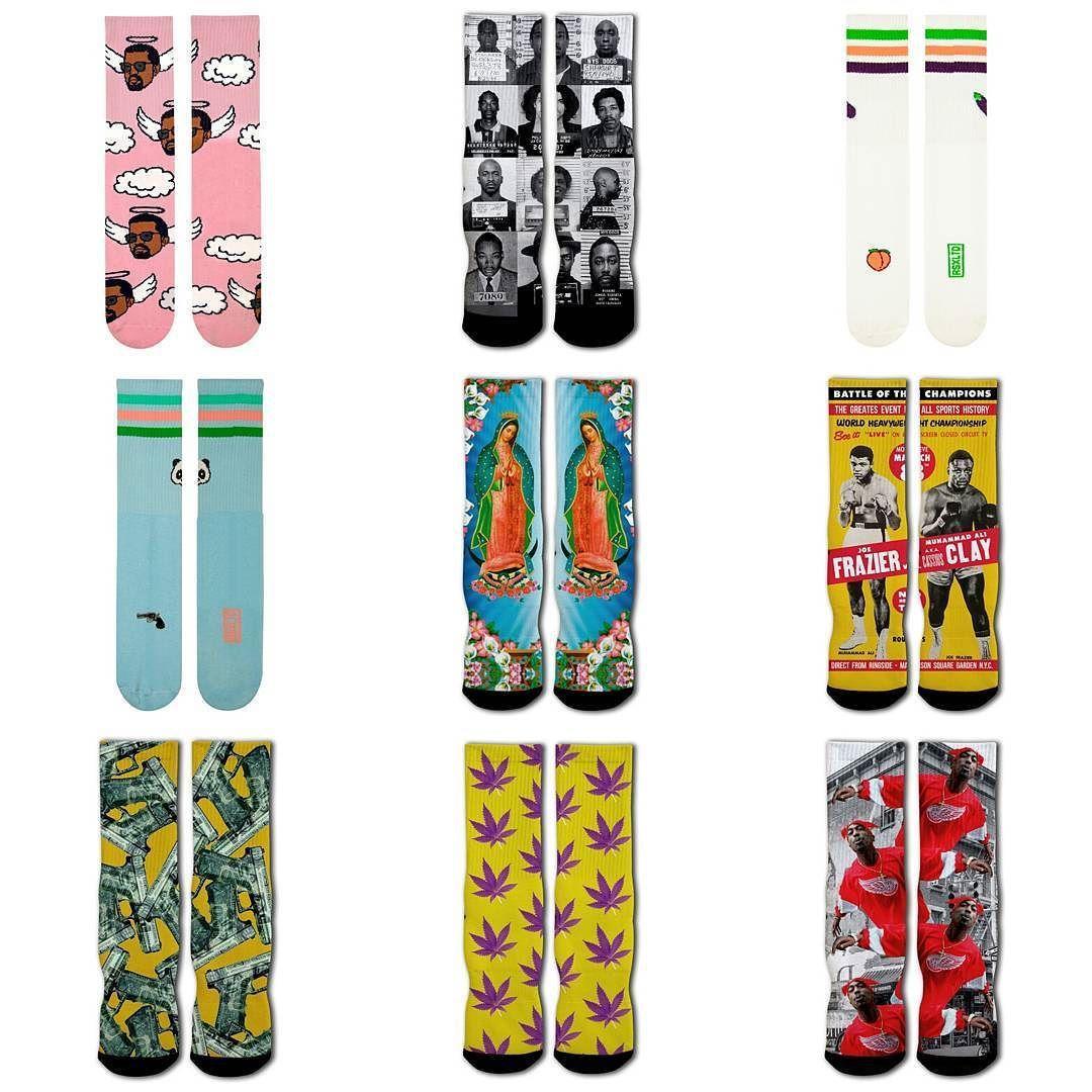 Calcetinazos! Ya tienes en la tienda un montón de calcetines con diseños brutales para lucirlos con tus pantalones cortos! ENVIOS 24 HORAS AQUI:  WWW.DISASTER.ES.   Pago contra reembolso  en casa o con tarjeta   WWW.DISASTER.ES  Estamos en calle Córdoba Soho Málaga  @disasterstreetwear @theplacesoho  #streetwear #malaga #disasterstreetwear #theplacesoho #calcetines #Rawsox