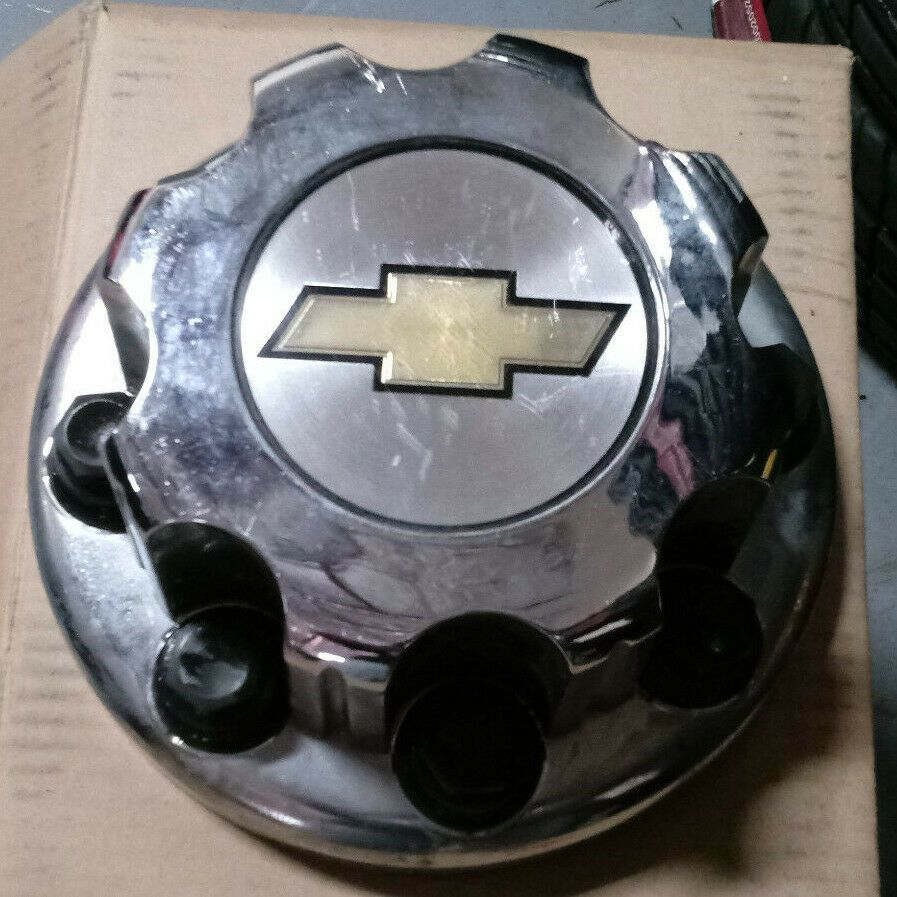 advertisement ebay chevy silverado 3500 4500 drw 2001 2017 chrome oem front wheel [ 897 x 897 Pixel ]