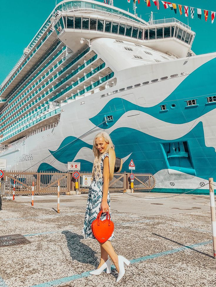Going On a Cruise For The First Time? Read This First!