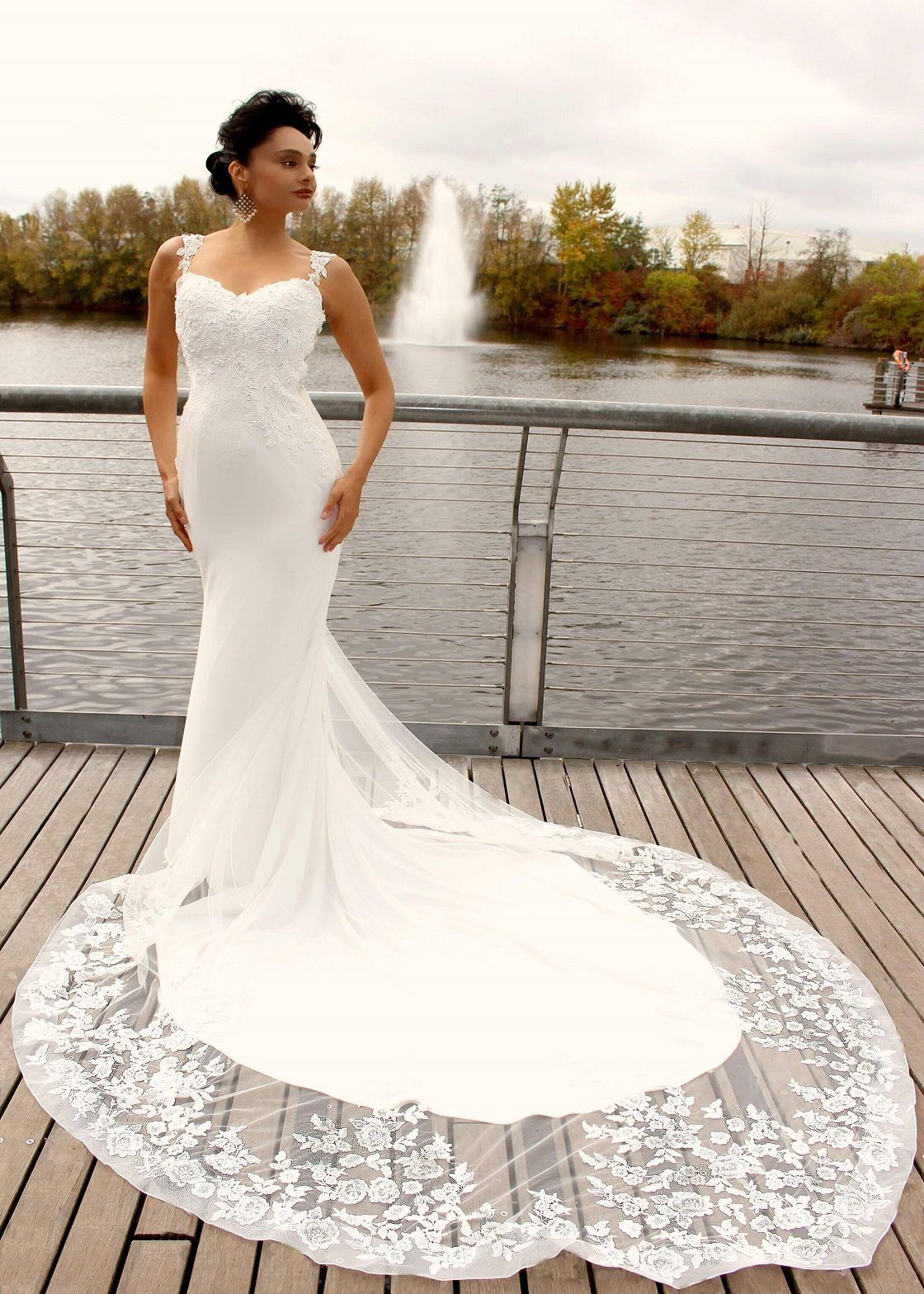 Beautiful fit and flare crepe gown, with detachable glass
