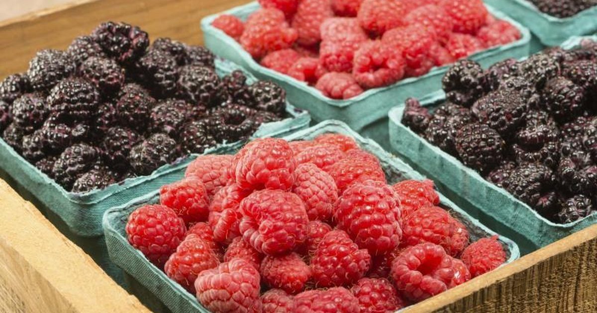 Fruits vegetables that contain vitamin b17