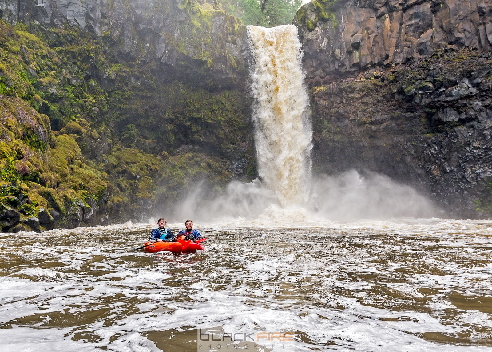Outlet Falls, WA Kory Kellum and Liam Field 70ft drop