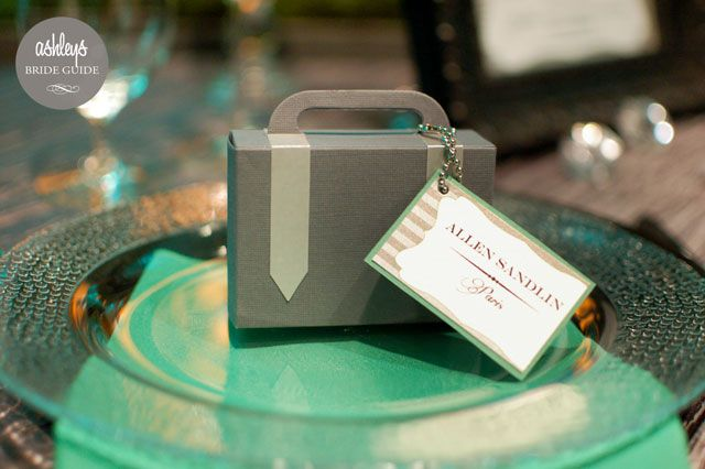 Luggage Place Card