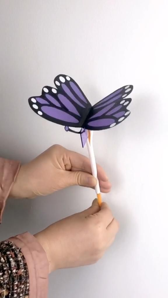 DIY Crafts for Kids-How to Make Paper Plate Butterfly-DIY Inspiration-Tutorial