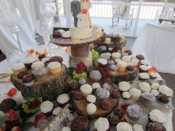 Mini Wedding cakes and cupcakes