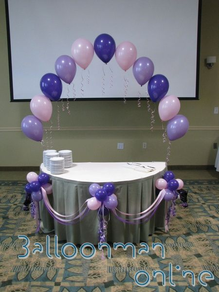 Hot Air Balloon Baby Shower Cake Decorated Table With Adorned Mini Balloon Puffballs And Sat Baby Shower Table Centerpieces Baby Shower Balloons Balloons