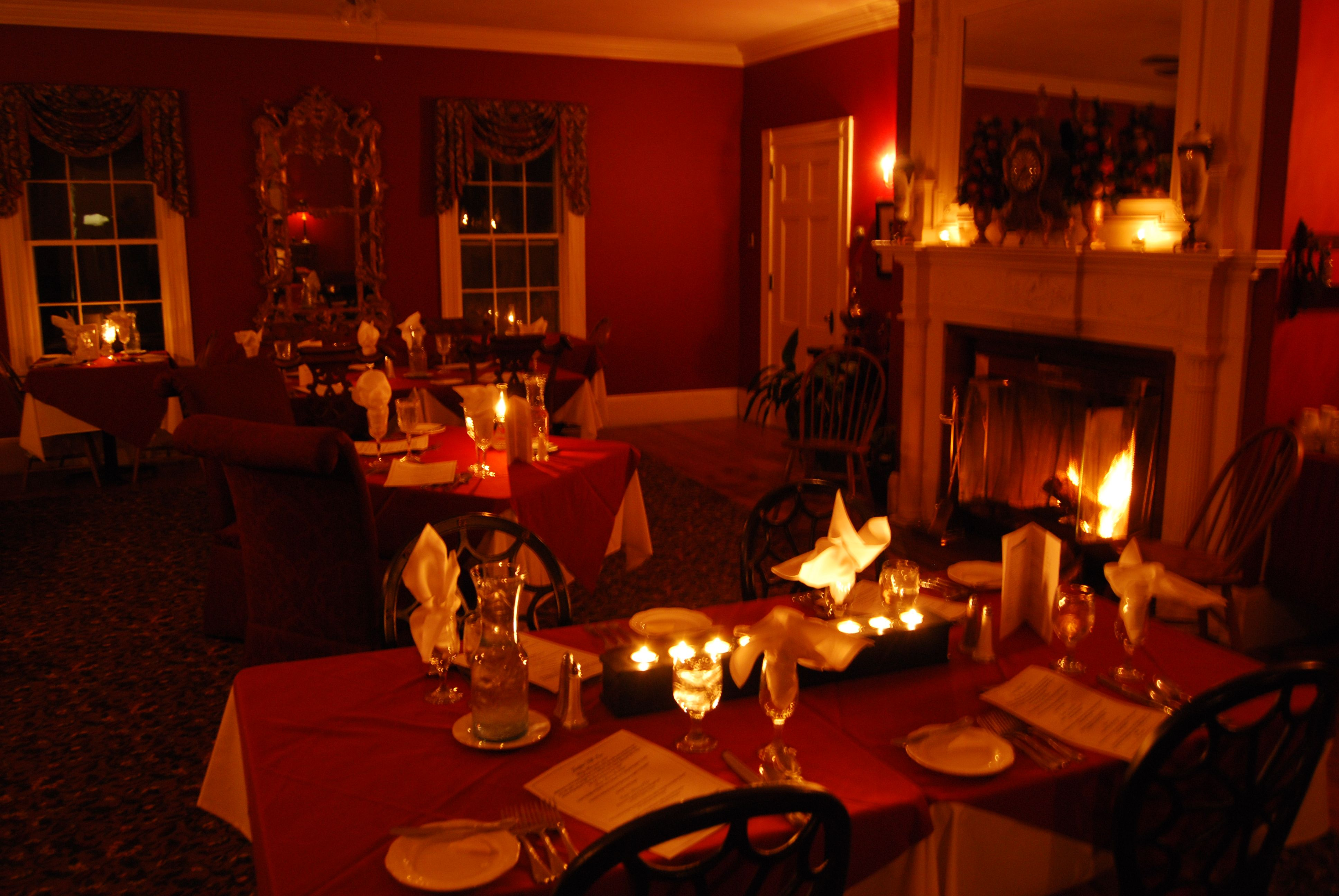 Candle light dinner table for two - Dessert Drinks