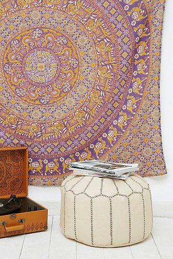 prayota tapestry urban outfitters meuble deco idees pour la maison mobilier de salon