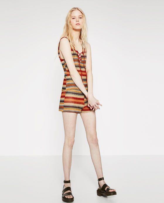 Immagine 1 di SHORTS A RIGHE MULTICOLORI di Zara