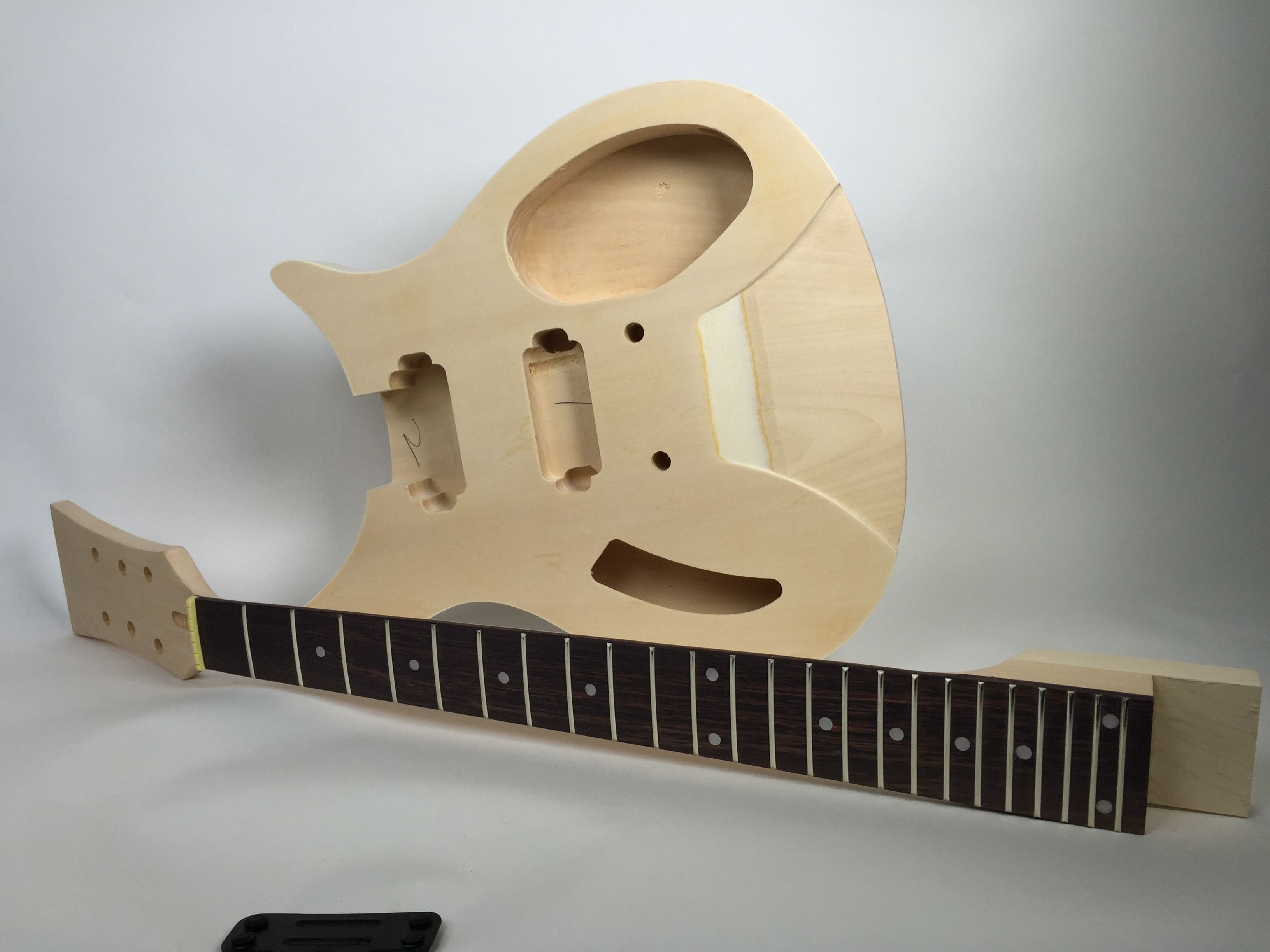 diy electric guitar kit solid body r style build your own guitar kit effects electric guitar. Black Bedroom Furniture Sets. Home Design Ideas