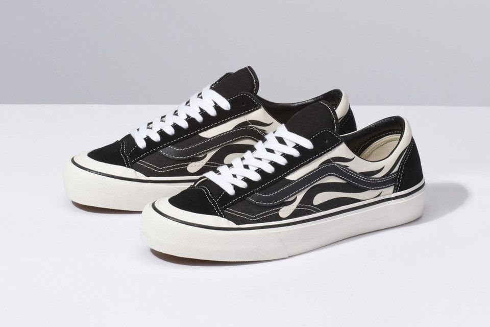 Vans Style 36 Arrive In A Black And White Flame Iteration Sapatos