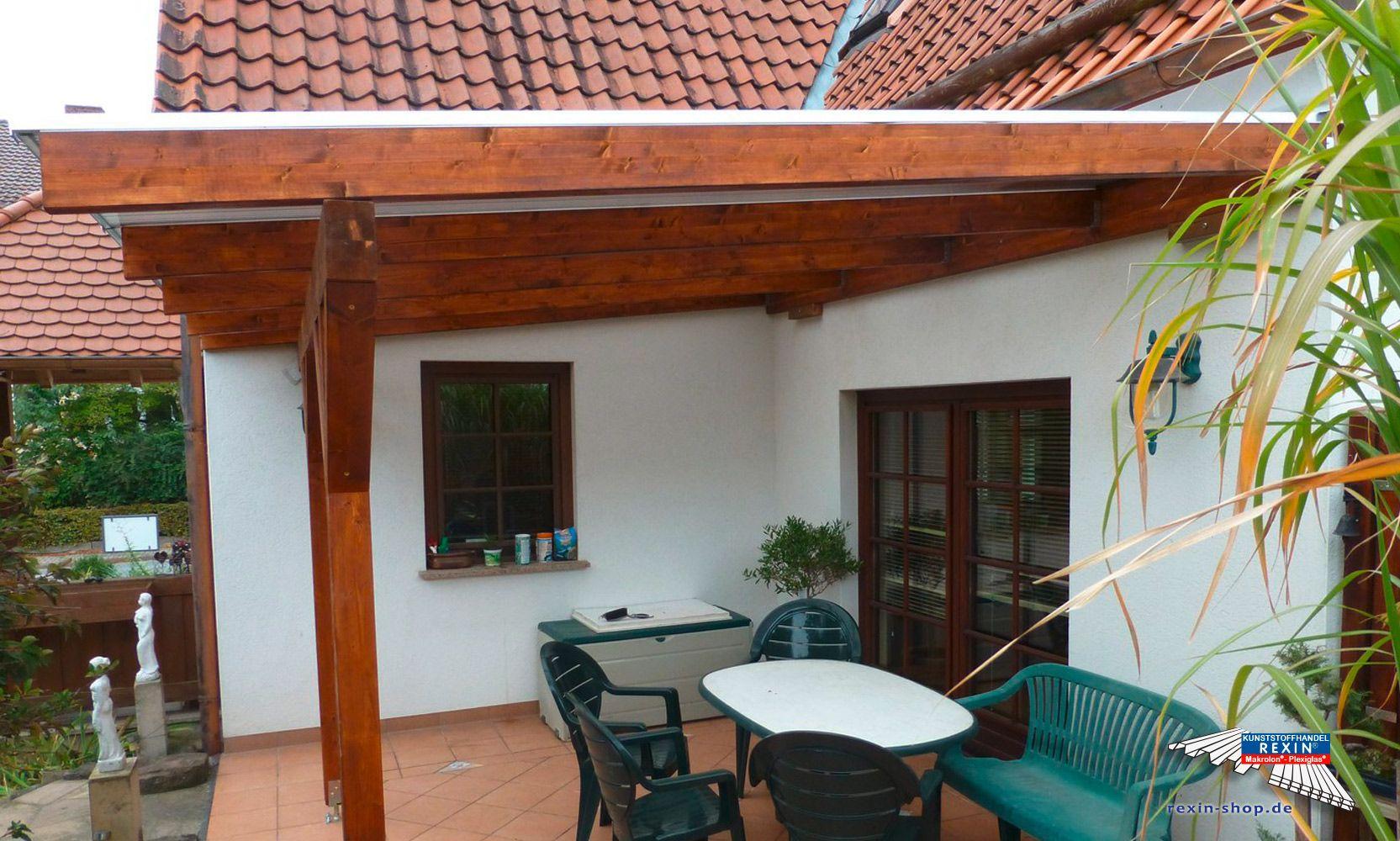 Ein Holz Terrassendach Der Marke Rexocomplete 4m X 3 5m Mit Stegplatten In Bronze Als Farbe Fur Die Holzsch Terrassendach Terrassen Dach Uberdachung Terrasse