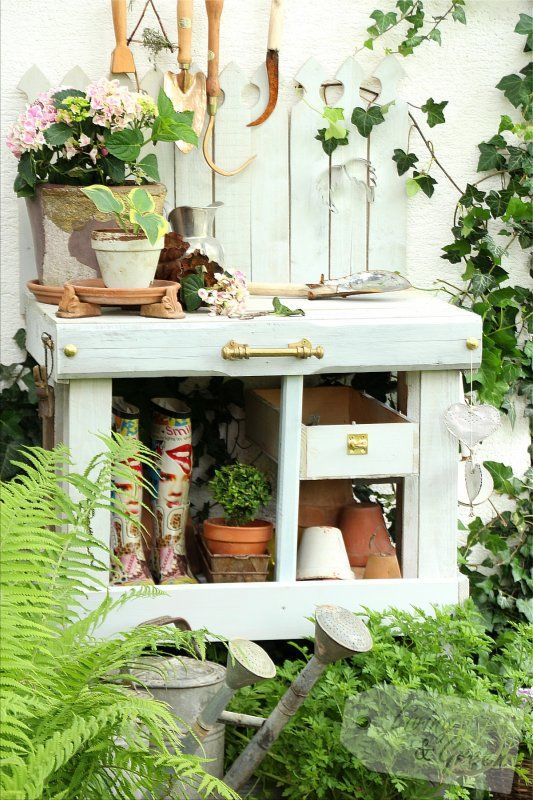 pflanztisch aus paletten diy pflanztisch aus paletten anleitung selbst gebautes pinterest. Black Bedroom Furniture Sets. Home Design Ideas