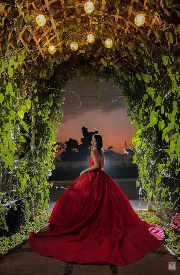 Red Themed Debut / 18th Birthday Party at Hanging Gardens Events Venue #debutideas Red Themed Debut / 18th Birthday Party at Hanging Gardens Events Venue #debutideas