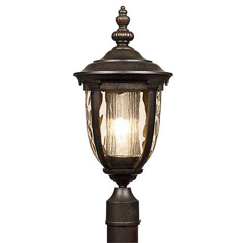 Bellagio 21 high energy efficient outdoor post light