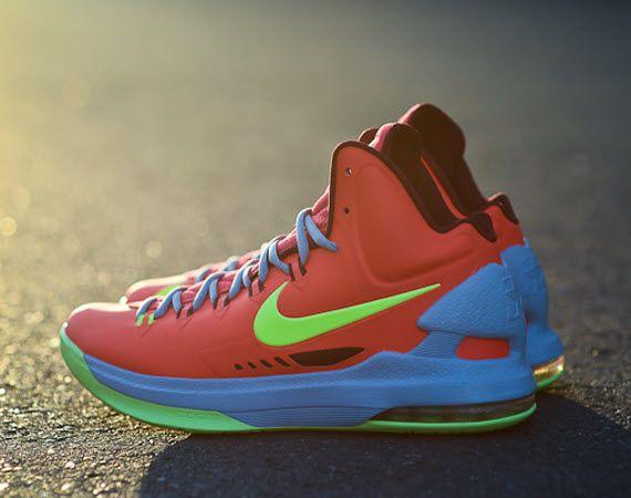 d26ab58a362b Nike KD V -