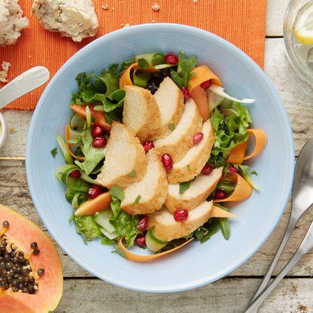Quorn Filets: Papaya Salat mit Chili Filets