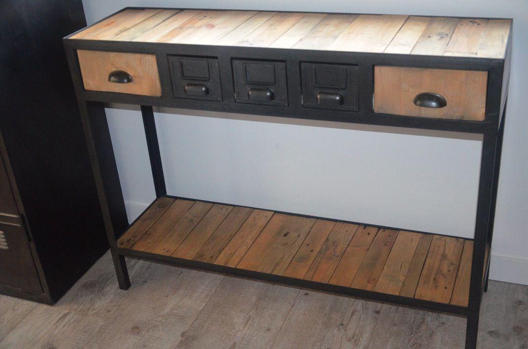 Console Vintage De Style Industrielle En Bois Et Metal Recycle Realisee Sur Mesure Pour Des Clients A Proximite De Nantes Muebles De Metal Muebles Madera