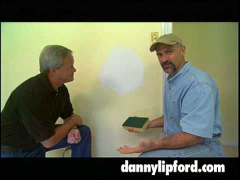 How To Avoid Sanding Mud On Drywall Use A Wet Sponge To Make Mud Smooth No Sand Tip Tricks Youtube Painting Trim Sheet Rock Walls Drywall