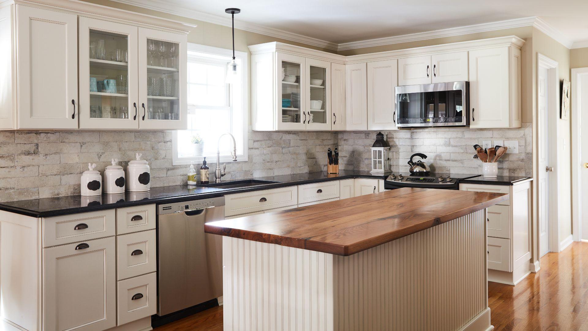 Fusion Blanc Fabuwood Cabinetry Kitchen Cabinets Decor Kitchen Cabinets Fabuwood Cabinets