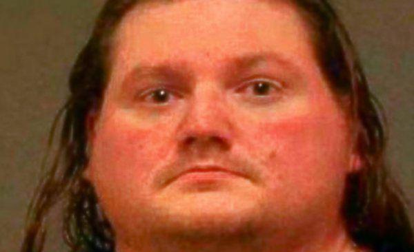 """USA shock: il pedofilo cannibale che aveva una """"camera delle torture""""  http://tuttacronaca.wordpress.com/2013/09/12/usa-shock-il-pedofilo-cannibale-che-aveva-una-camera-delle-torture/"""
