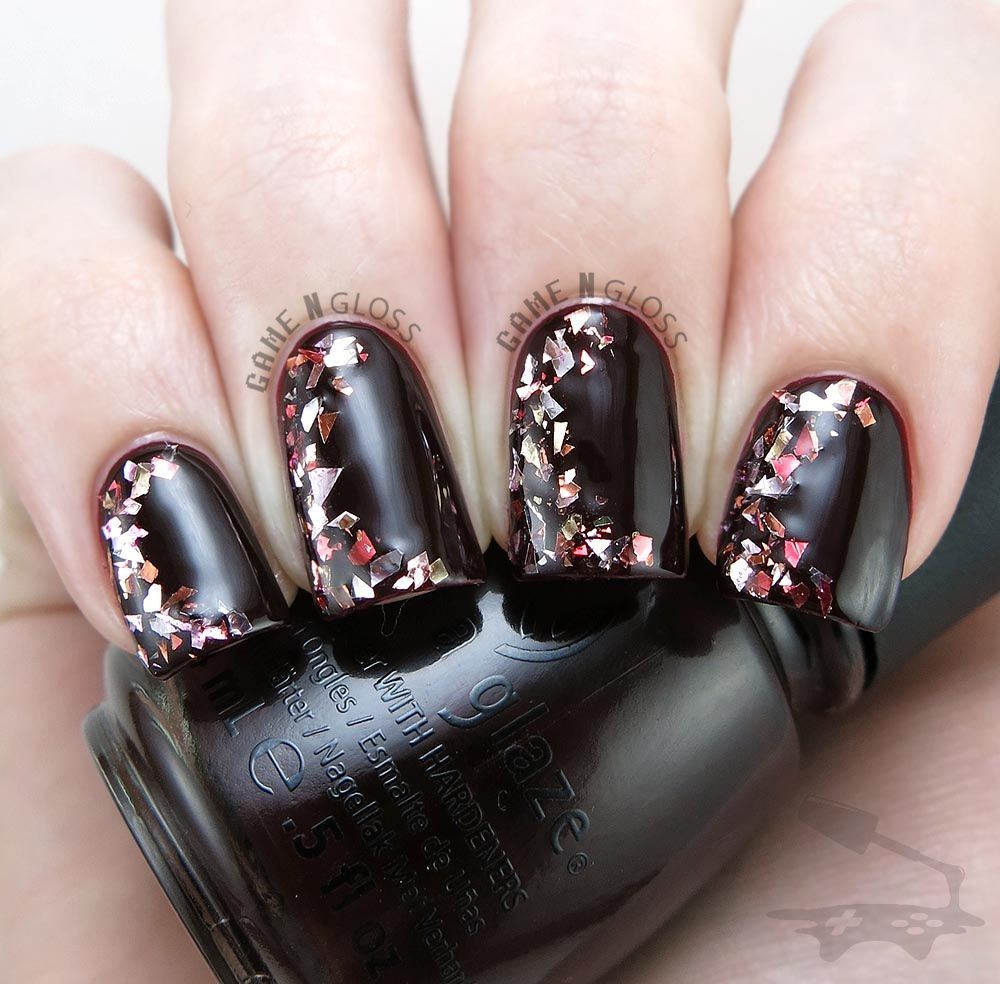 Vampy glitter nail design for fall or winter - IG @GameNGloss ...