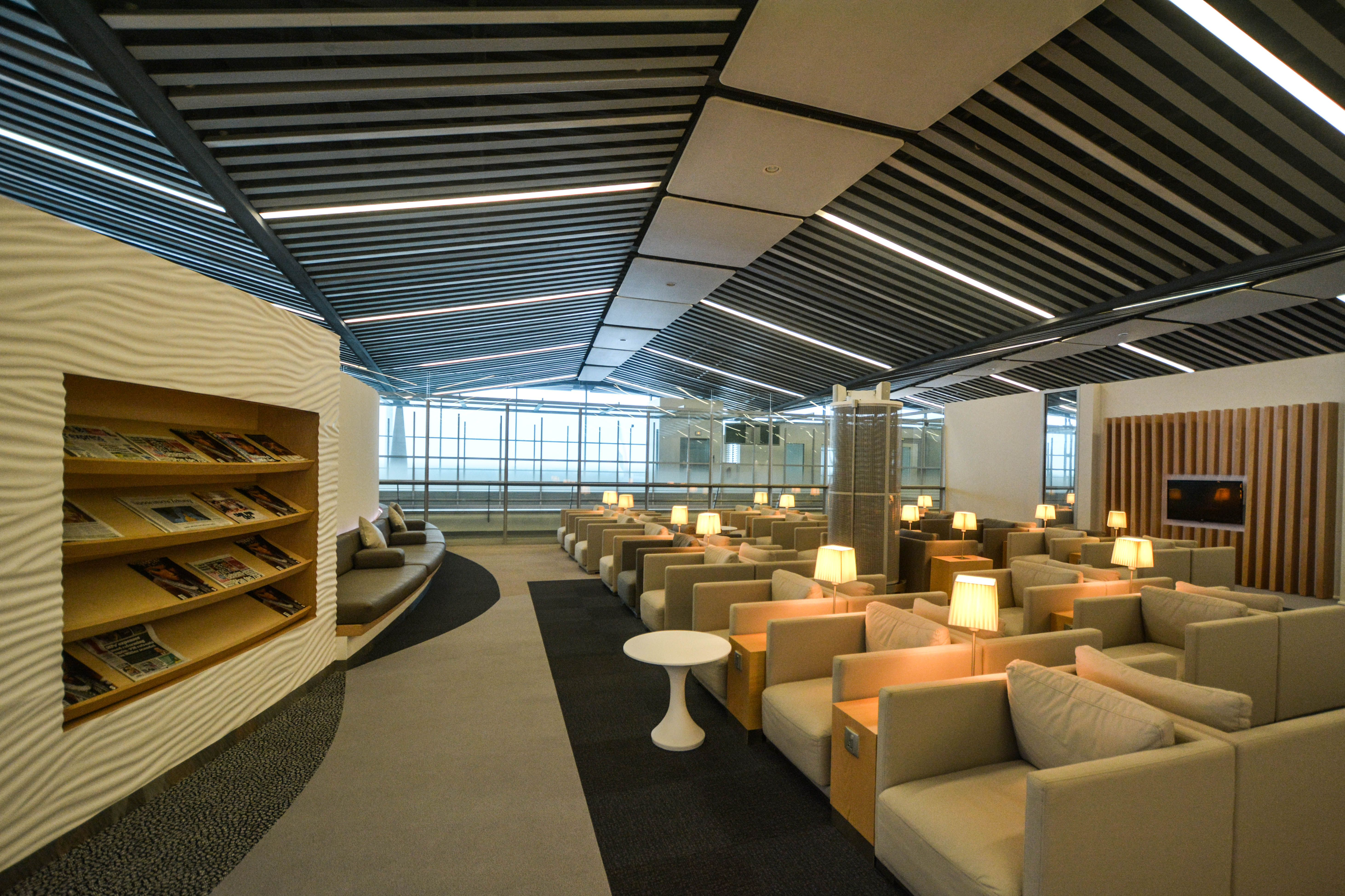 The Wing airport lounge at Hong Kong International Airport ...