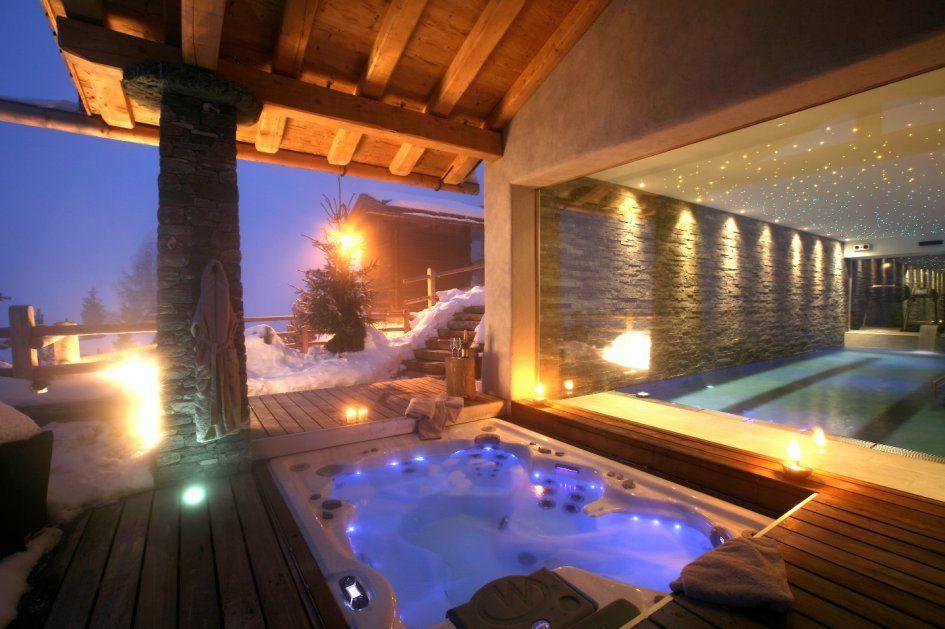 Luxury Chalet Spa, Verbier, Switzerland, Luxury Ski Chalets - whirlpool im wohnzimmer