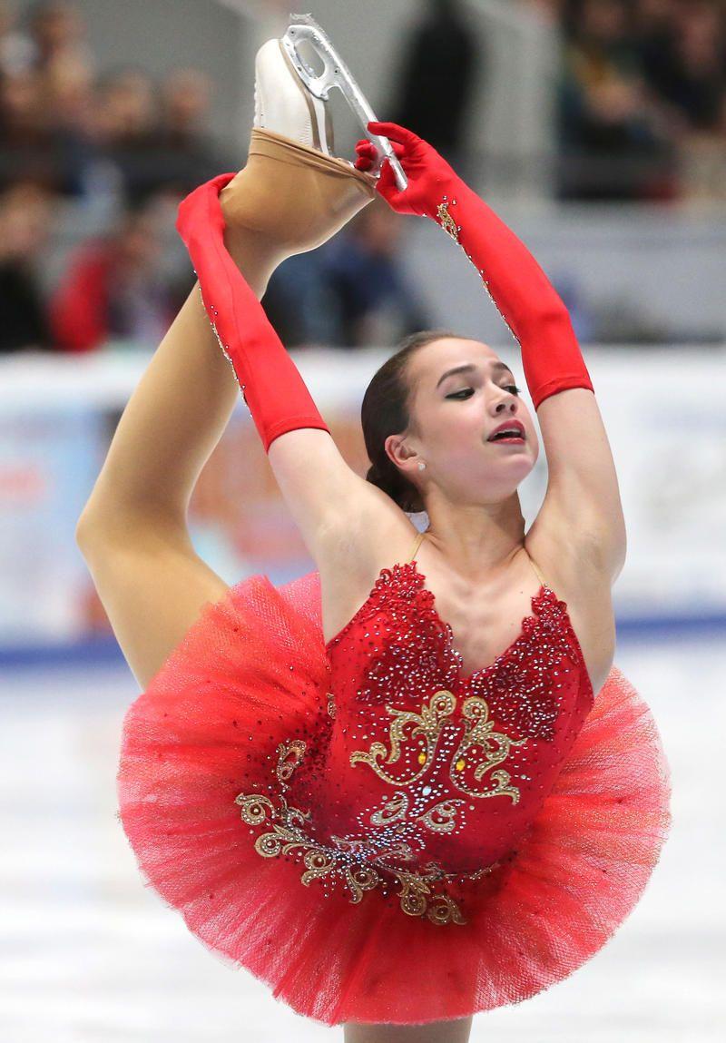 女子は15歳ザギトワ初V ロシア選手権 - フィギュア : 日刊 ...
